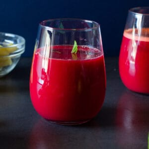 Beetroot Detox Juice glass