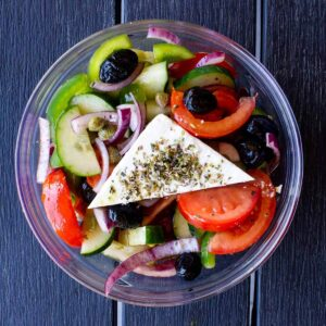 greek salad featured