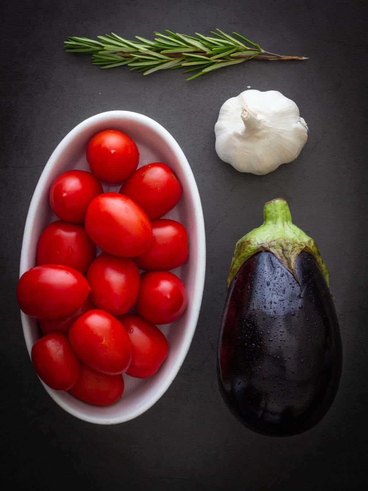 Italian Eggplant stew ingredients