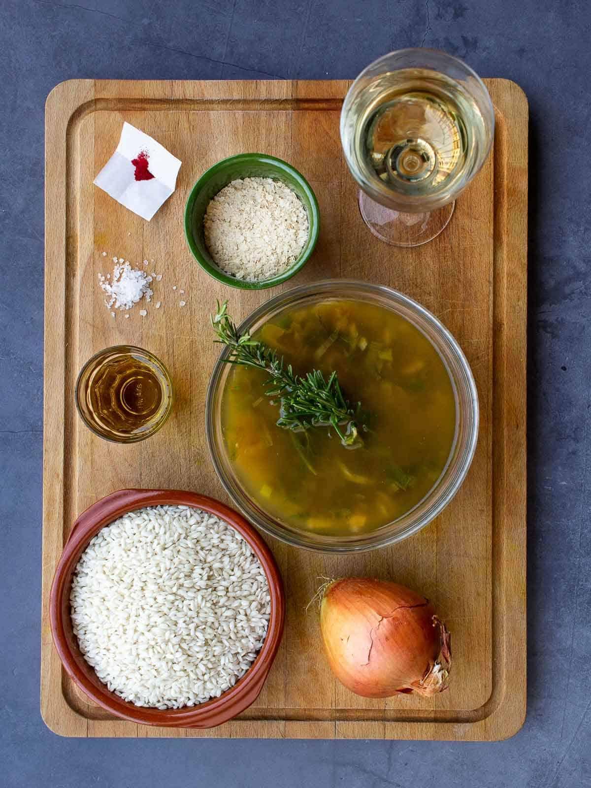 Ingredients saffron risotto