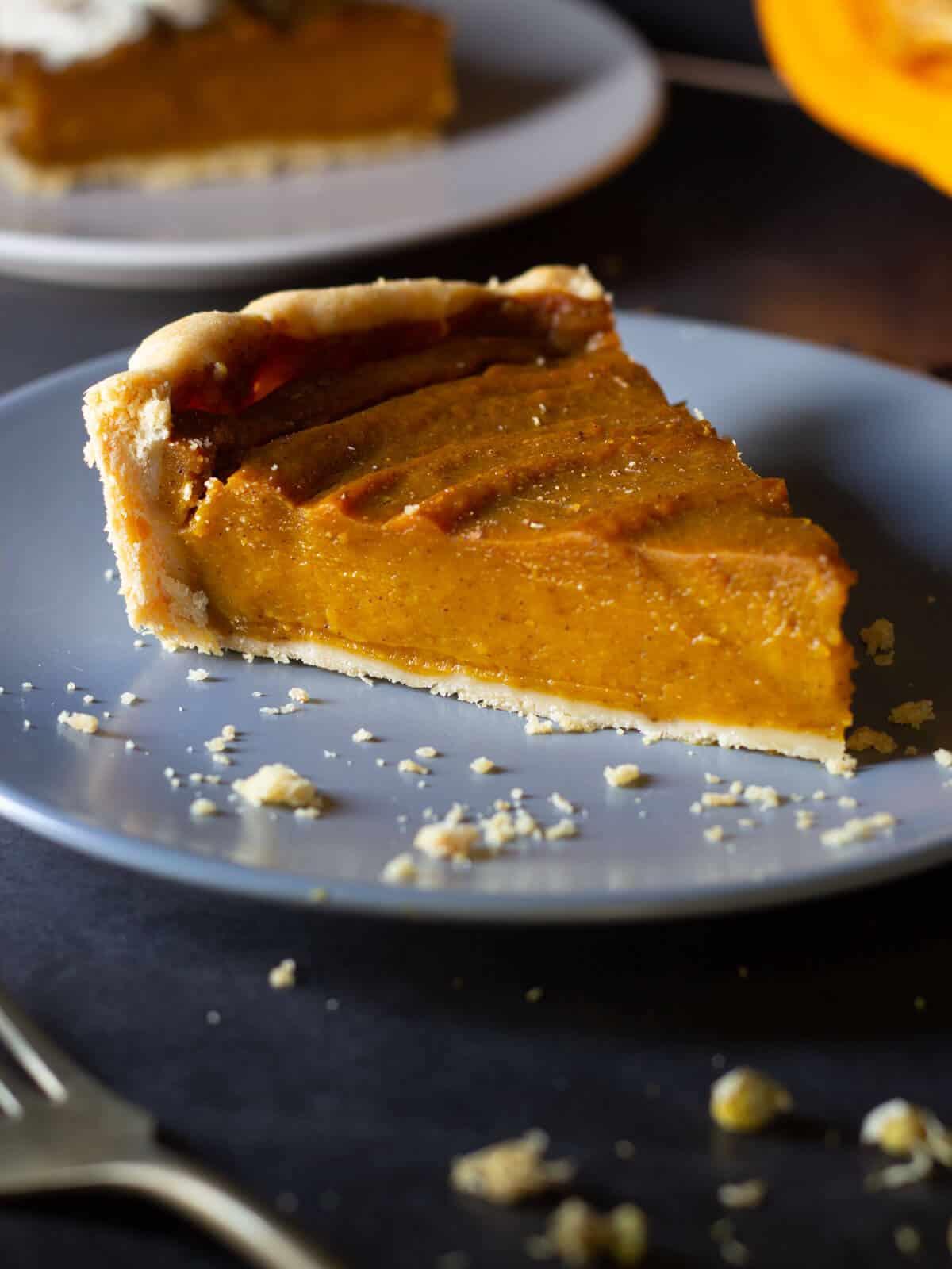 vegan pumpkin pie portion