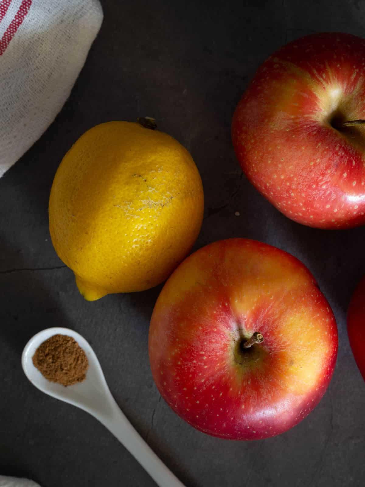 Unsweetened applesauce