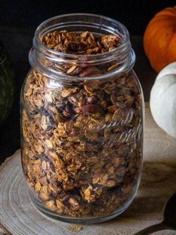 Pumpkin Maple Granola Recipe in mason jar