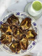artichokes with dipping sauce