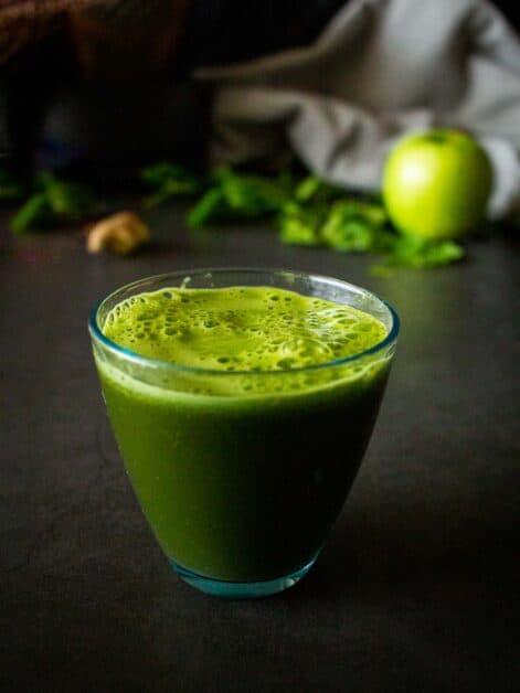 Simple Kale Green Juice Recipe