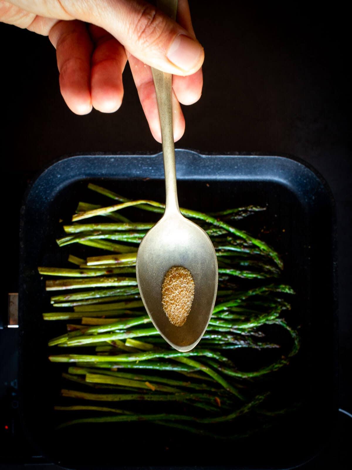 Grilled Asparagus Garlic Powder