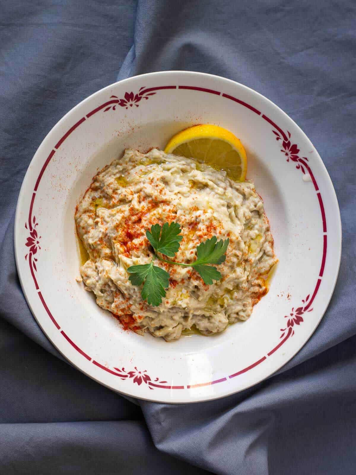 baba ganoush in round plate
