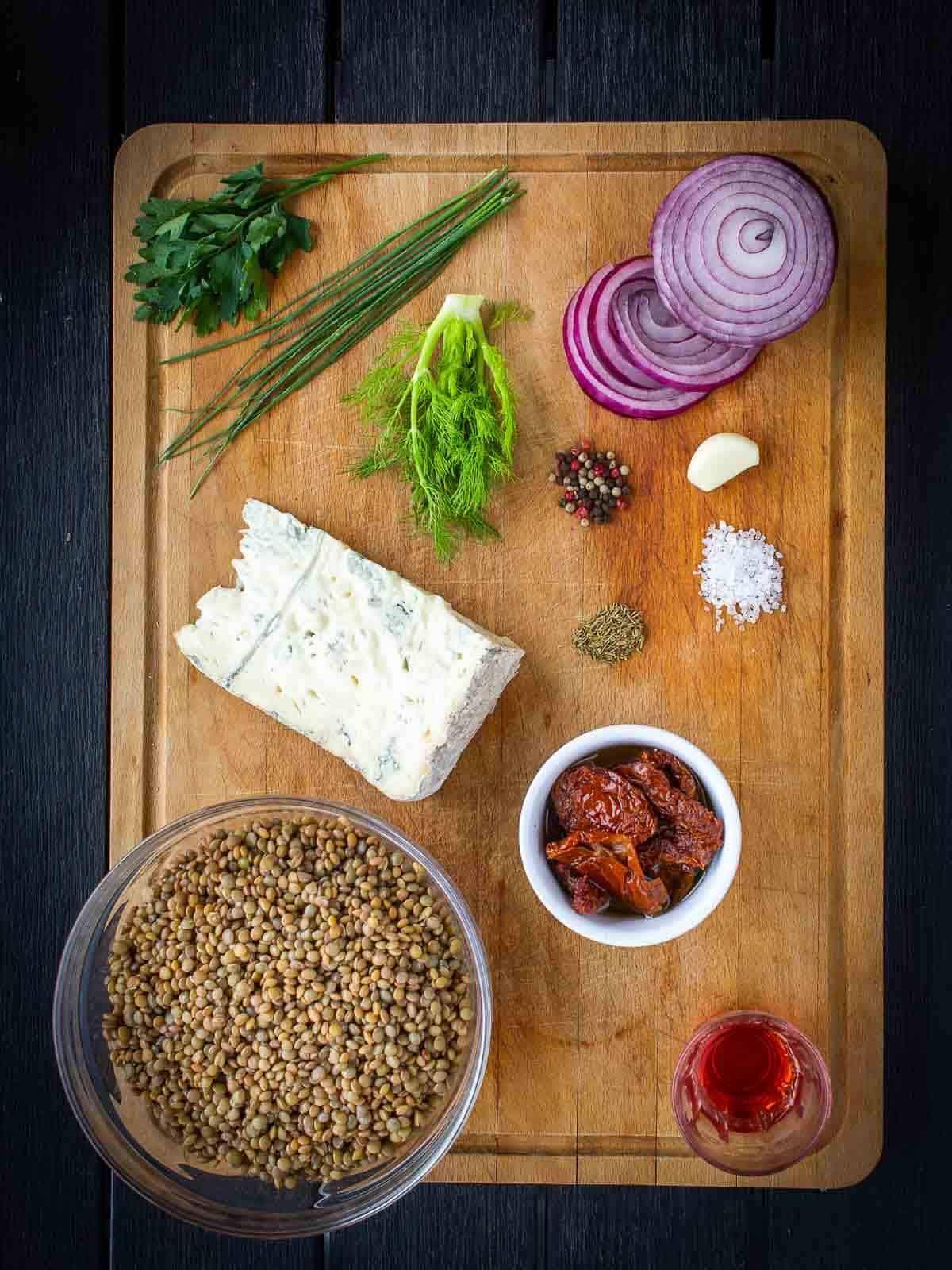 blue cheese lentils ingredients