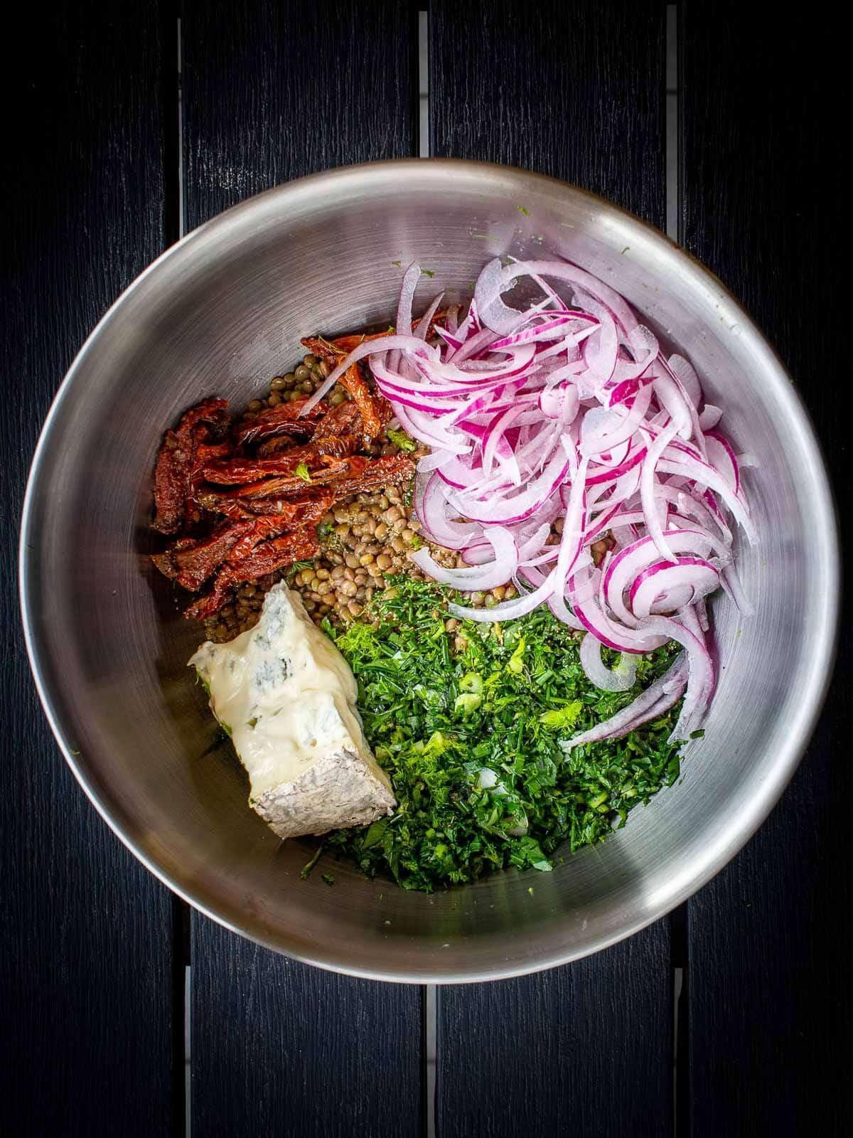 blue cheese lentils salad ingredients