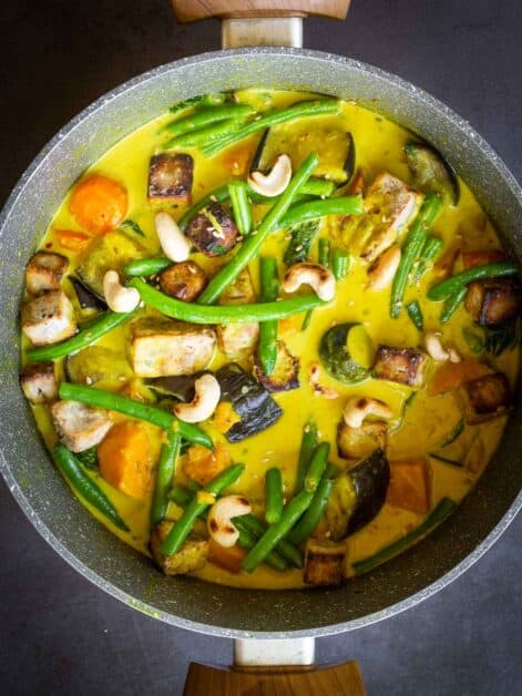 Vegan Yellow Curry Pot