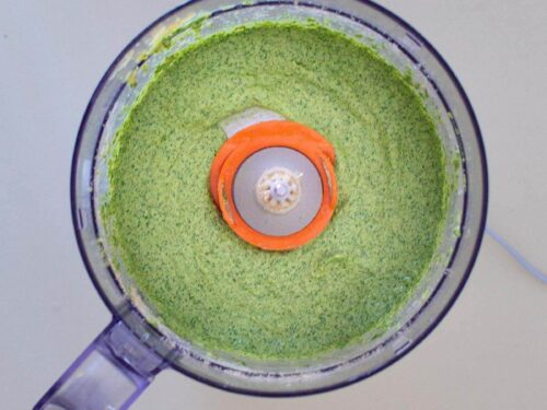 Vegan Arugula Pesto blended