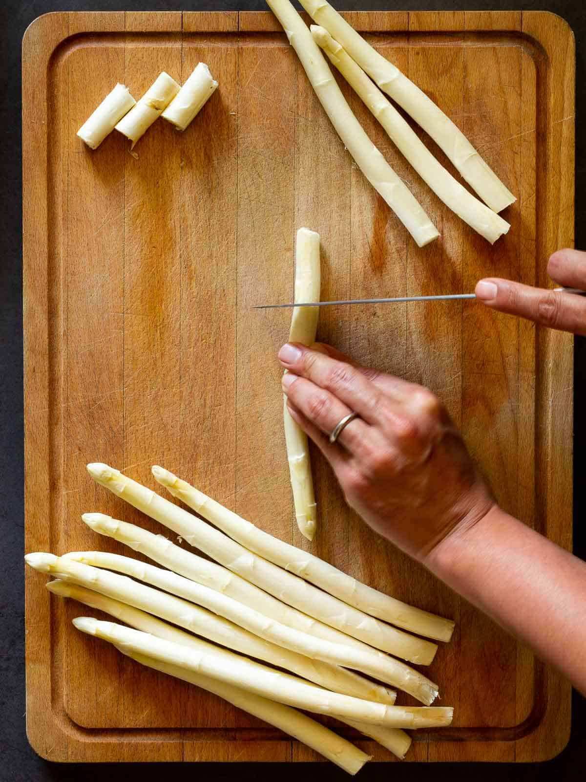 chop Asparagus ends
