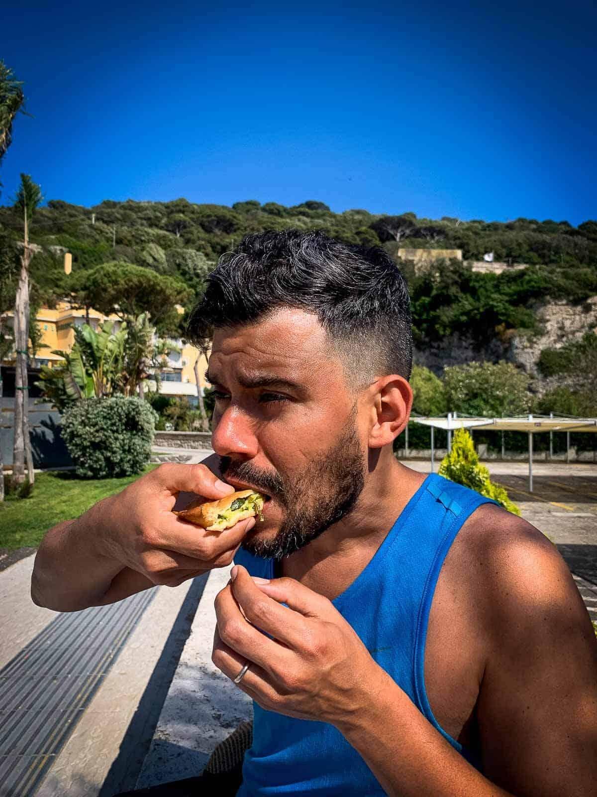 Eating Tiellas
