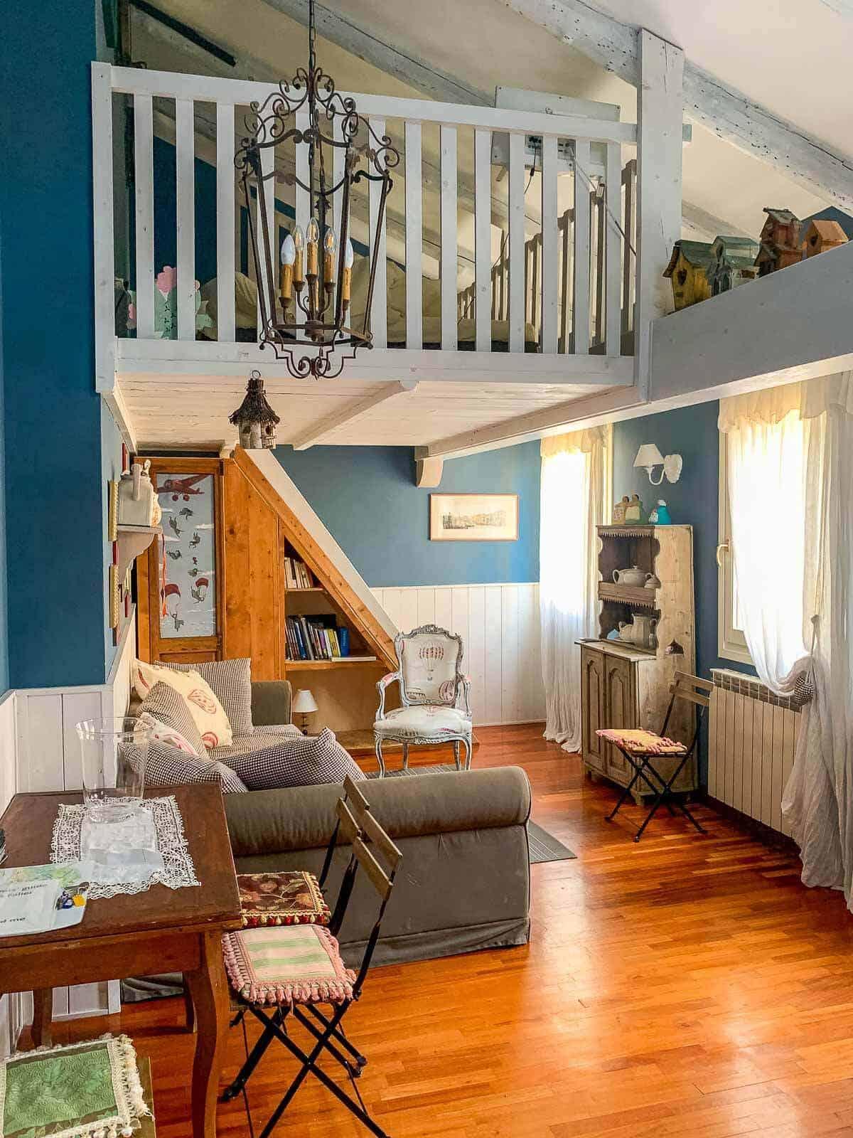 airbnb apartment venice